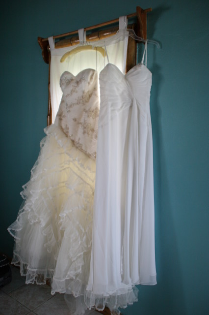 Weddind dress with belize wedding planner romantictravelbelize.com